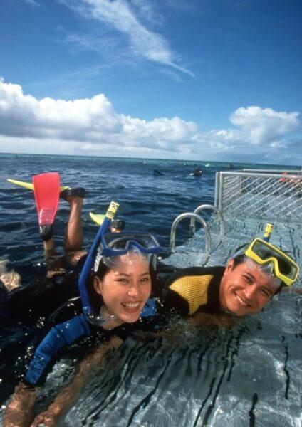 Snorkeling nella grande barriera corallina australiana
