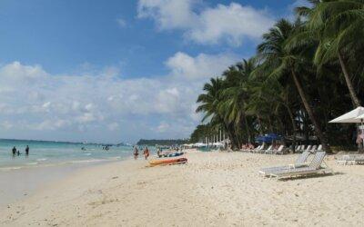 L'isola di Boracay nelle Filippine chiude per 6 mesi
