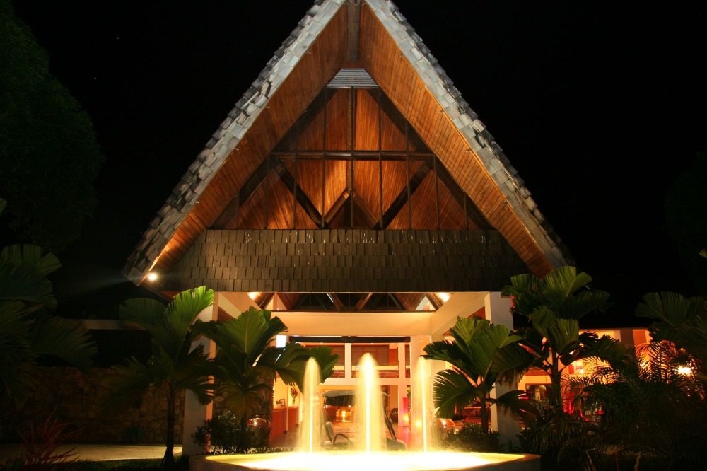 50dd6f2bd0674-the_pearl_south_pacific_hotel_