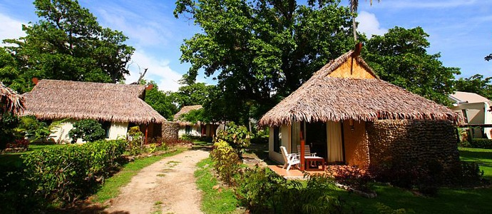 50e40fd25ba9c-mana_island_resort_3_