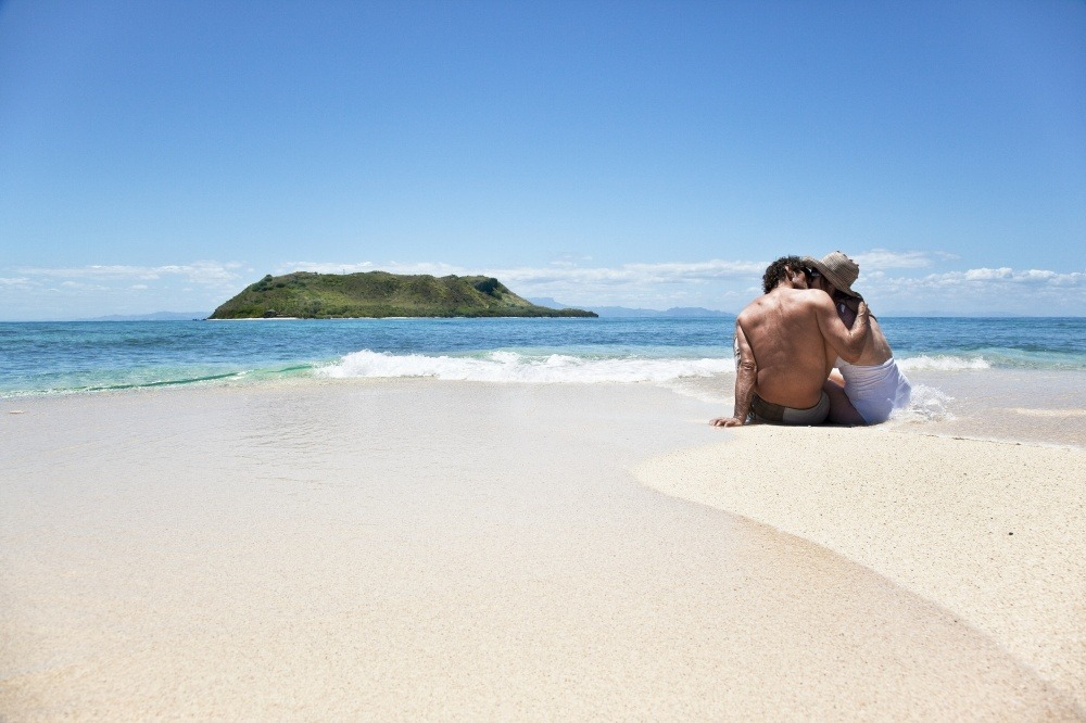 50e4426d95f74-vomo_island_resort_4__sup
