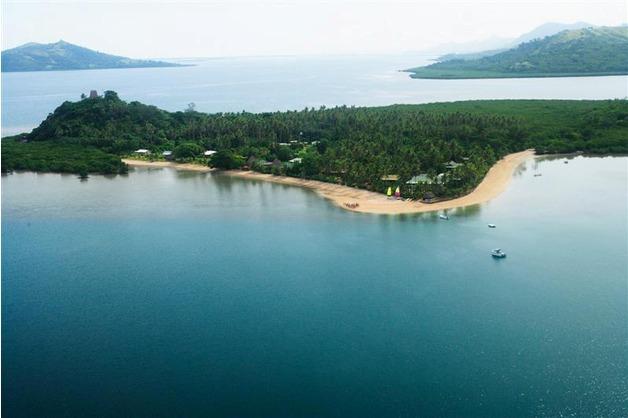 50e5cb1f7f091-nukubati_island_resort_4_