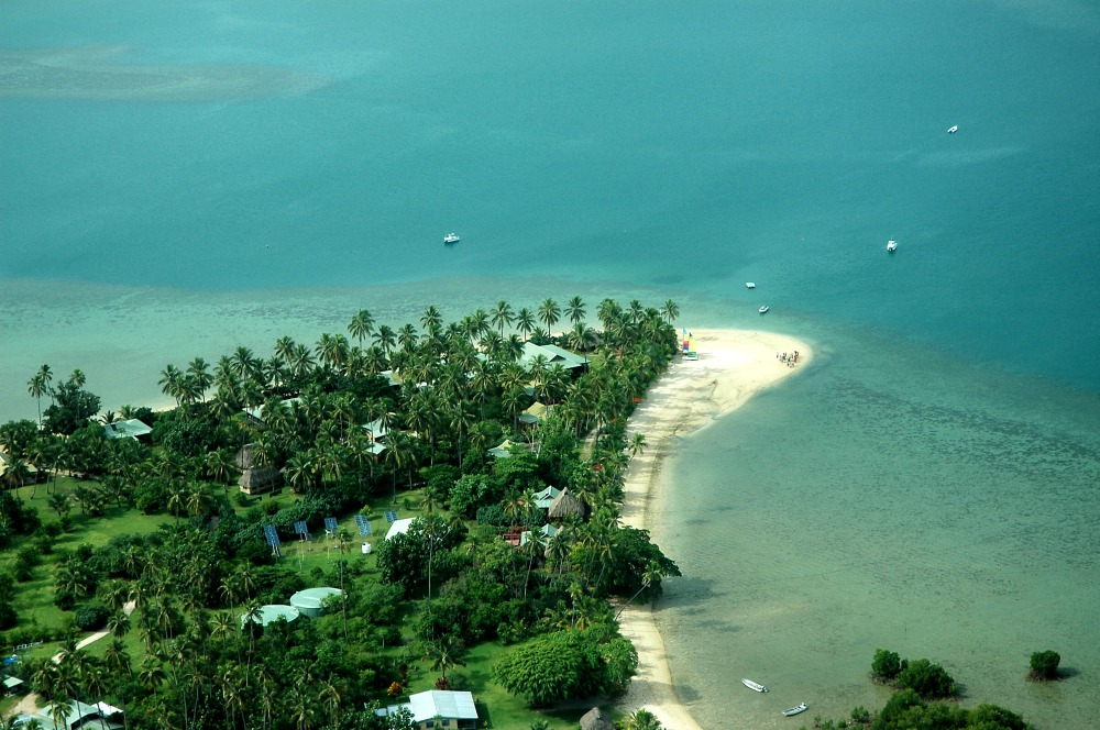 50e5cb1f81894-nukubati_island_resort_4_