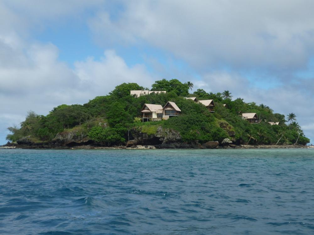 50e7098b0f4b5-royal_davui_island_resort_5_