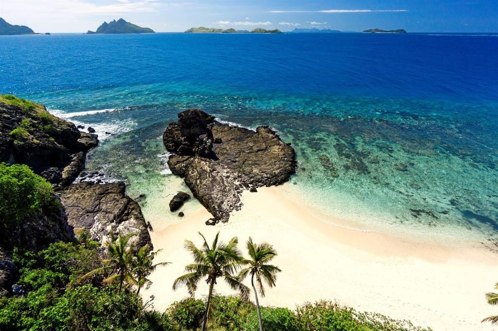 55c35383cdb5a-matamanoa_island_resort_3_sup
