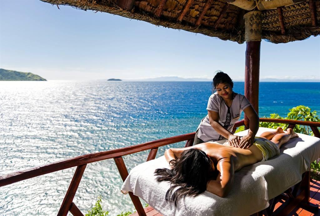 55c35383e2940-matamanoa_island_resort_3_sup