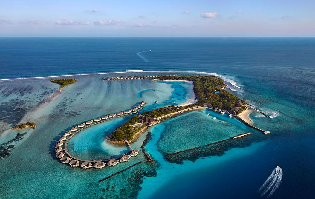585bf5b85b6d7-cinnamon_dhonveli_maldives_4