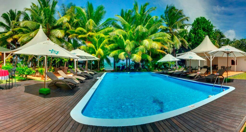 589d99db62ad6-le_relax_beach_resort
