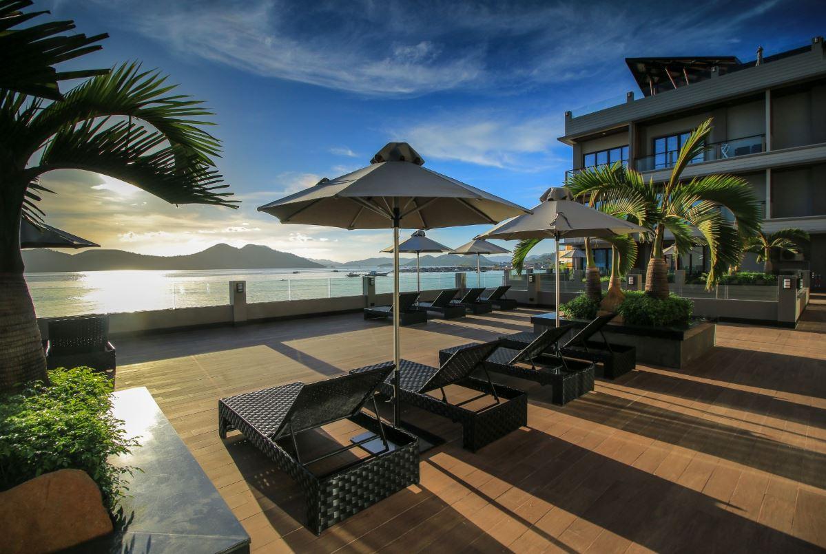 Two Season Coron Bayside Hotel 3*