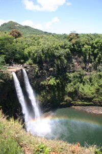 Rainbow Falls_hawaii_kiaoraviaggi