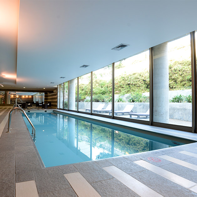 holiday_inn_santiago_airport_pool