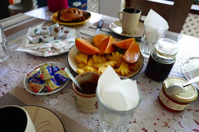 pensione_taravanui_breakfast2
