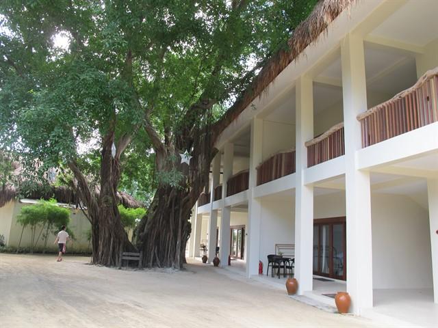 Maribago Blue Water Beach Resort 3*