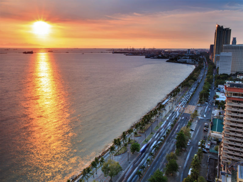 Manila Bay resized