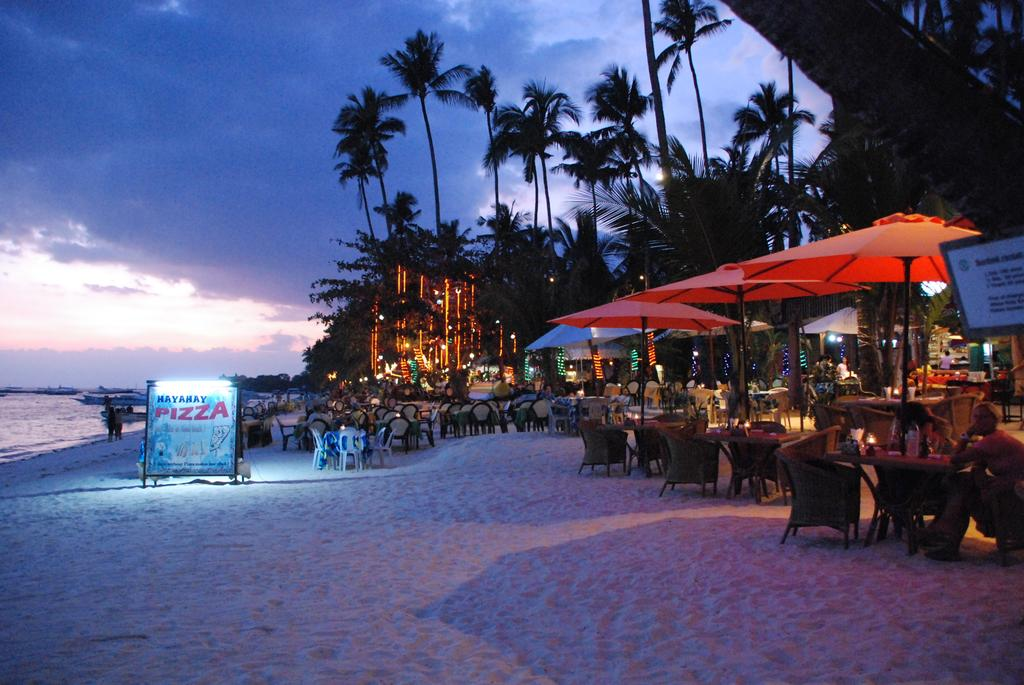 Alona Vida Beach Resort 3*
